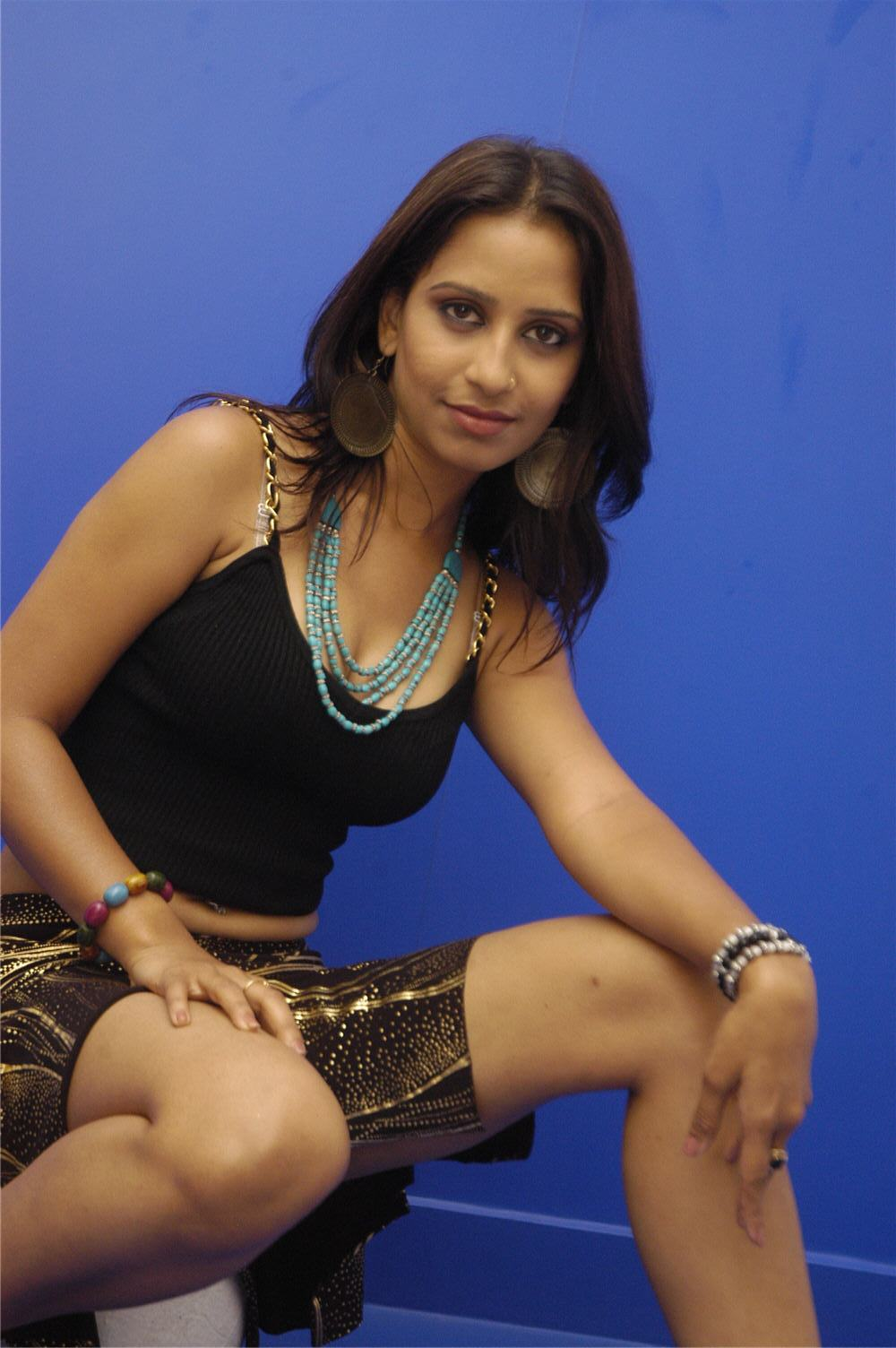 cinesizzlers: tollywood singer tina hot photos gallery part1