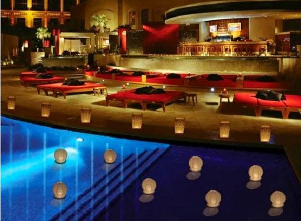 Studio decora decora o piscina for Velas para piscinas