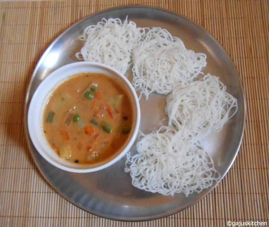 idiyappam with vegetable stew
