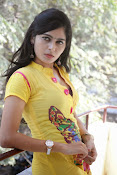Madhumitha photos in yellow-thumbnail-15