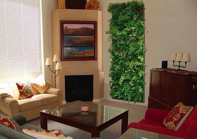 diseño de sala con jardin vertical