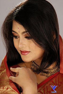 Bangladeshi Film Actress Shahnoor