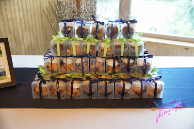buntini wedding favors from Nothing Bundt Cakes