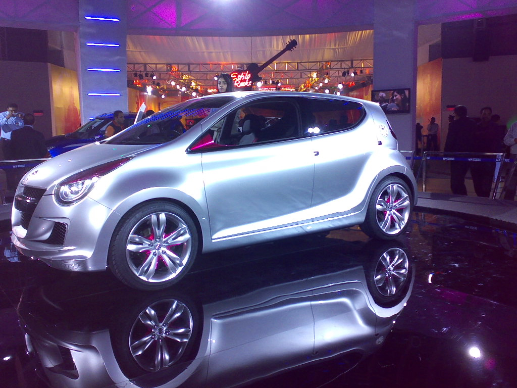 http://1.bp.blogspot.com/-aDpDteH-4bo/Twa5FEbR5KI/AAAAAAAAIkc/SCkrY1BOKI4/s1600/2012_Auto_Expo+6.jpg