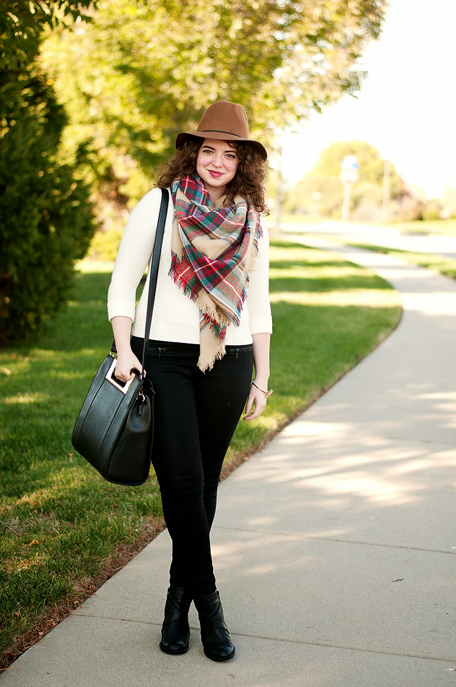 Fall Zara Blanket Scarf Outfit With Hat