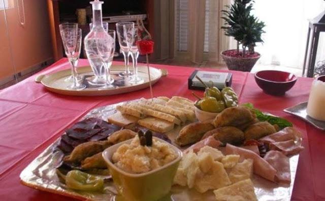 Το Σαρακοστιανό τραπέζι