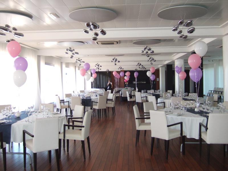 Decoraci n con globos de todo fiesta decoraciones para 1 - Decoracion de mesas cumpleanos adultos ...