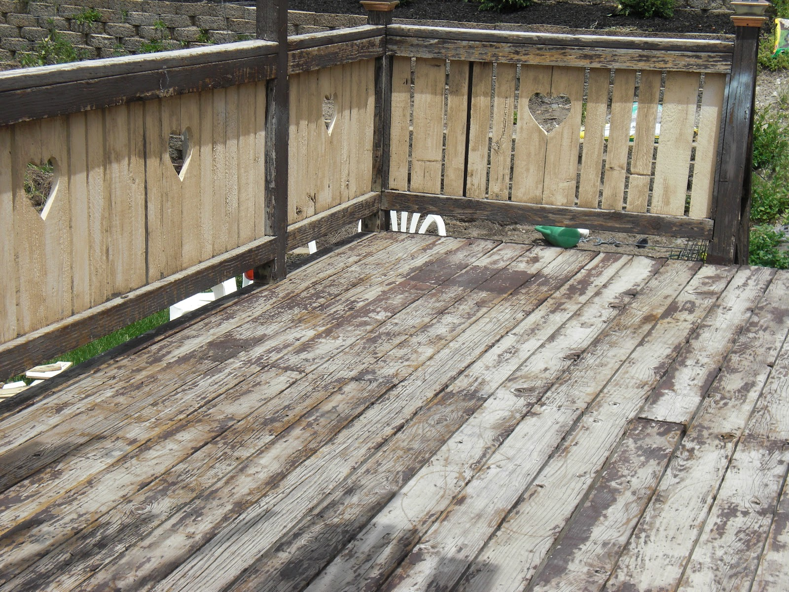 The awful Deck. This is the BEFORE DECK RESTORE picture.