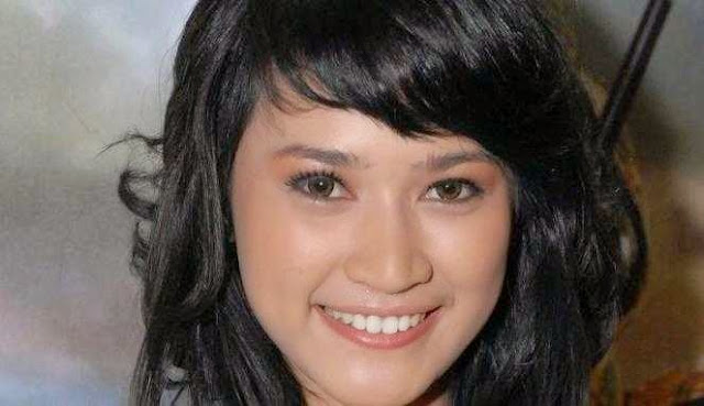 Miss Bangka Belitung Ajeng Kamaratih