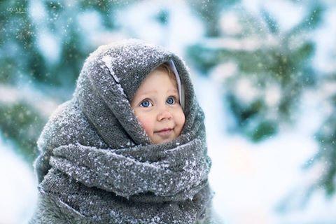 Το κρύο αντιμετωπίζεται με ένα παιδικό χαμόγελο