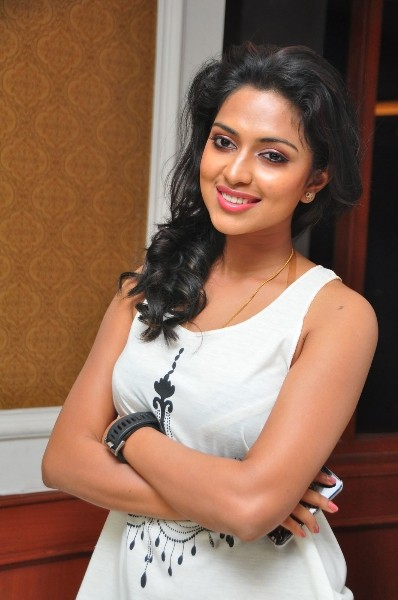 Amala Paul at Love Failure Success Meet