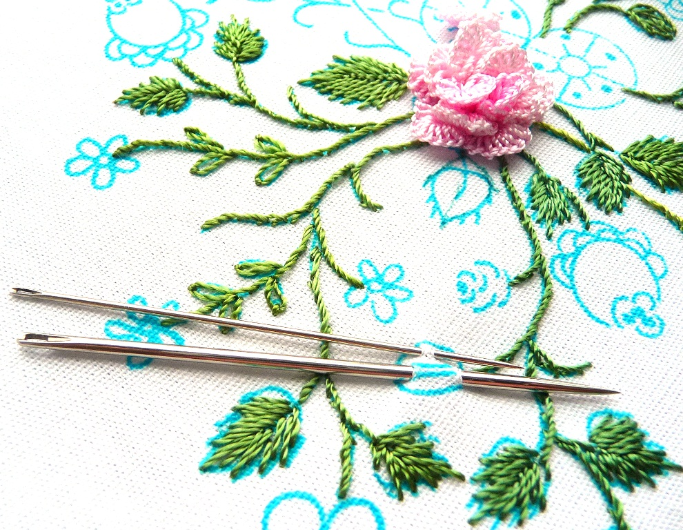 Brazilian Embroidery Tutorials http://rosaliewakefield-millefiori.blogspot.com/2012/04/brazilian-embroidery-full-blown-rose-by.html