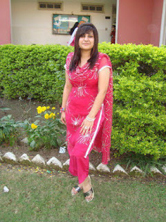 desi girl | wallpapers | images | photos | pics | hot desi local girls college girls paki desi girls uk desi g240