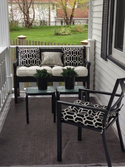 black and white patio, porch, outside decorating