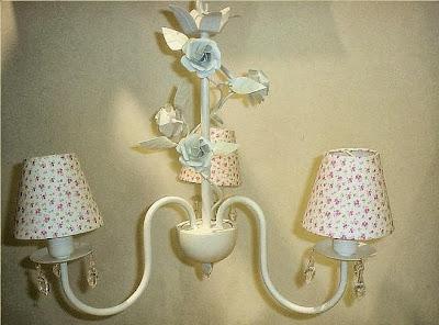 lustre com cupula floral