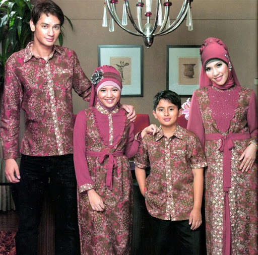 21 Model Baju Muslim Batik Sarimbit Keluarga Modern Terbaru 20172018