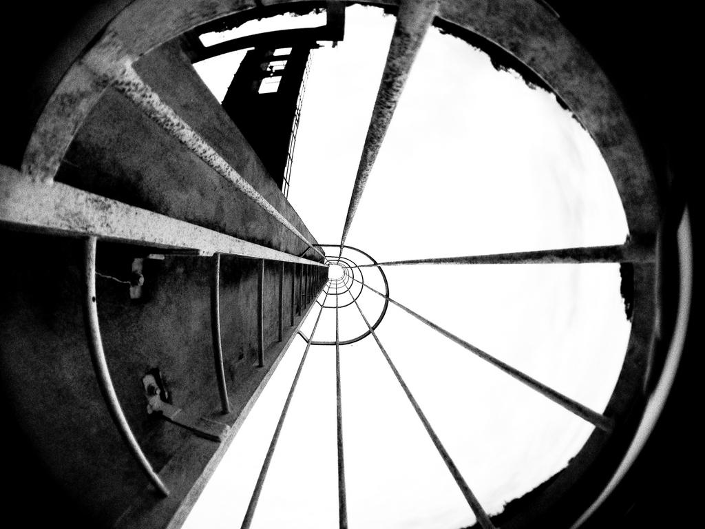 Furnas em preto e branco (VIII), by Dimitri Costa / PhotoConversa