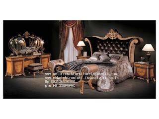 Tempat tidur ukir jepara Jual furniture mebel jepara Tempat tidur klasik Tempat tidur jati Tempat tidur antik Tempat tidur jepara Tempat tidur duco jeparaTMPTDR-10314 Dipan classic ukiran jati jepara