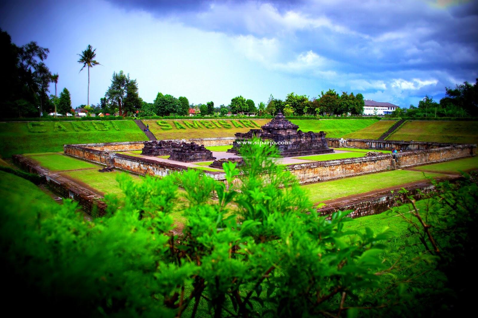 Pemandangan sekitar Candi Sambisari