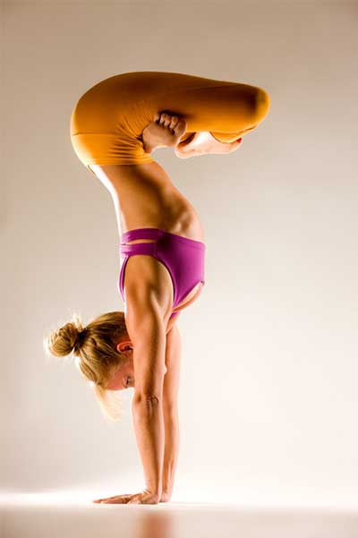 Most Beautiful And Sexiest Women Yoga Coaches And Poses Advanced Noname Yoga Pose
