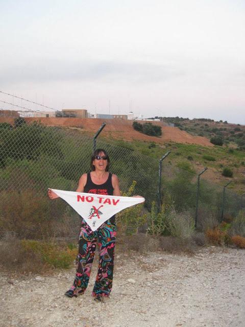 NO MUOS e NO TAV insieme alla base di Niscemi by 06