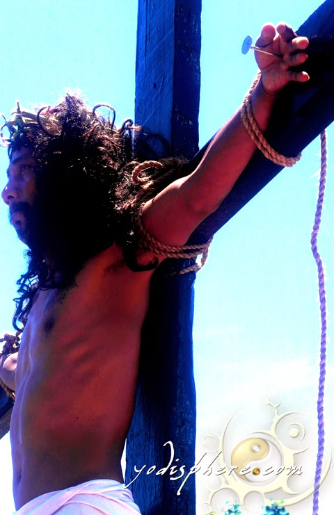 Man actually nailed to a cross during holy week celebration in Torrijos Marinduque
