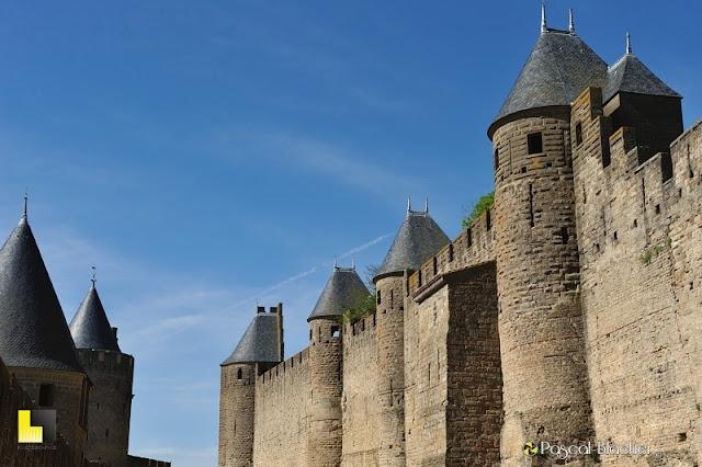 Remparts extérieurs de Carcassonne photo pascal blachier