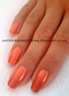 Kiko 235 Pearly Orange