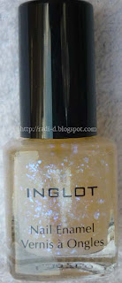 Inglot 204 scale effect