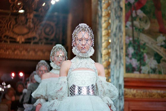 alexander mcqueen fall winter 2013 2014