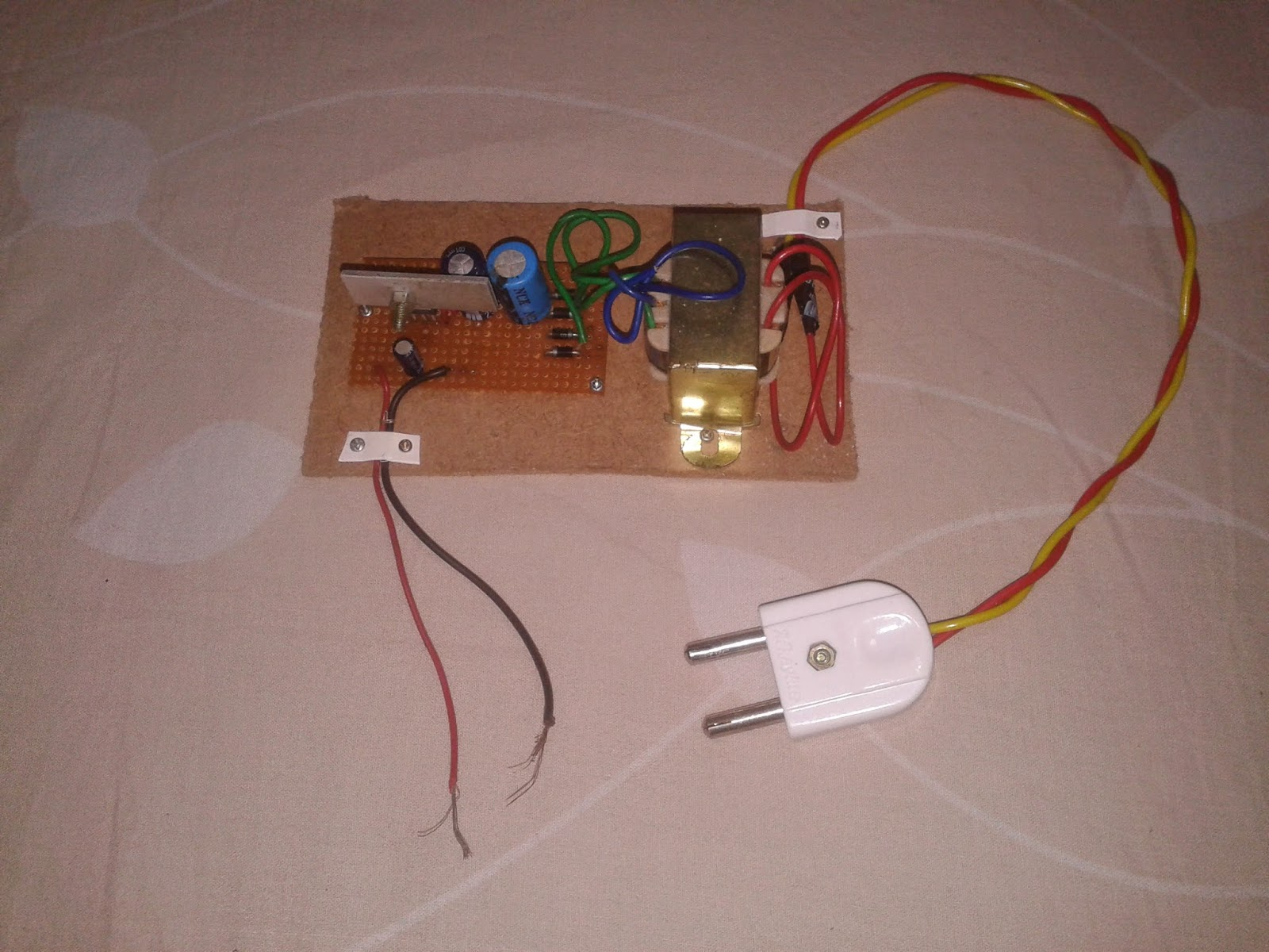 Photo 0002 electronics project 12 v dc power supply