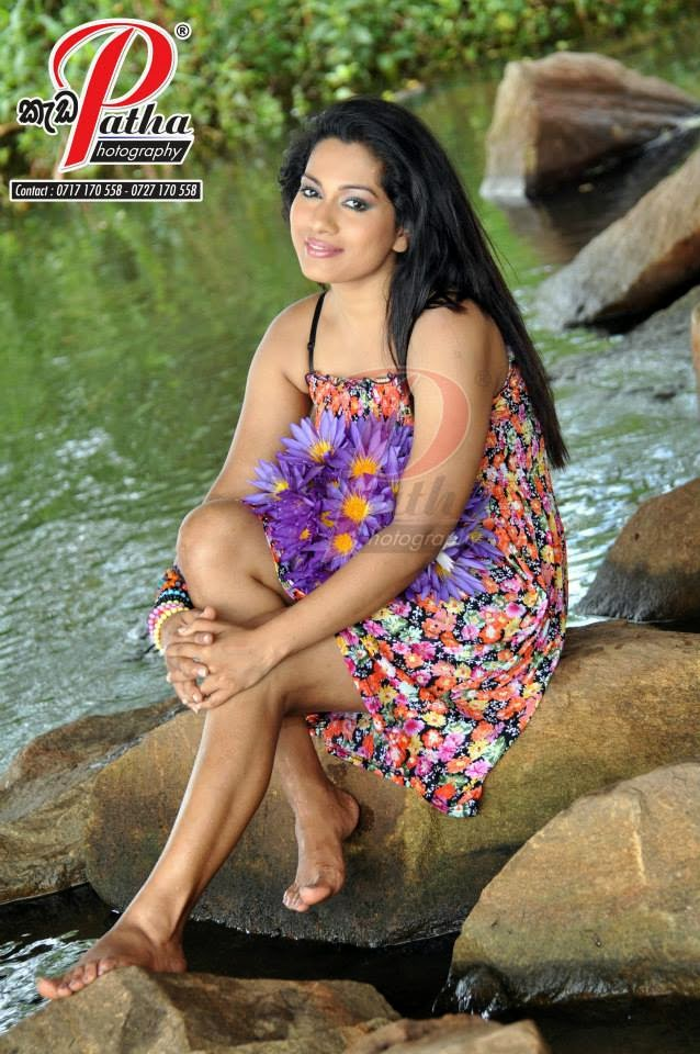 Nadeeshani Nilukshi sexy
