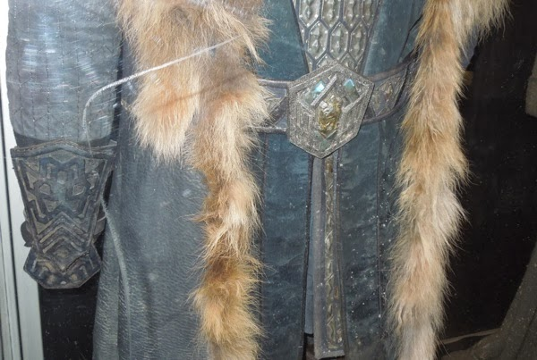 Dwarf Thorin Oakenshield Hobbit 2 costume detail