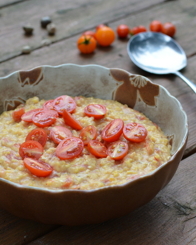 Slow Cooker Tomato Grits, another skinny recipe ♥ AVeggieVenture.com, tastes way richer than its calories.