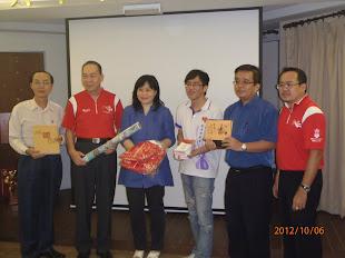 2012年:第29届全国华人文化节汇报与交流会