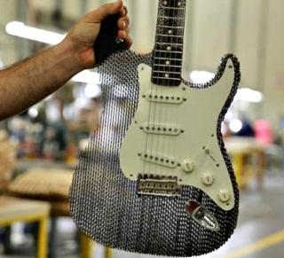 Keren, Gitar Listrik ini Terbuat dari Kardus