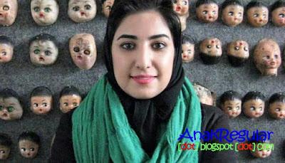 Gara-Gara Lukisan Wanita Berhijab Ini Ditahan Pemerintah Iran
