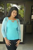 Shilpa Reddy glam pics-thumbnail-18