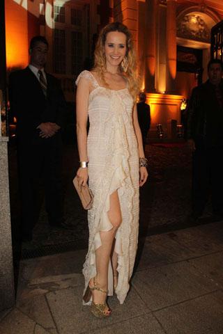 Gala revista gente 2012, Julieta Prandi, famosos mal vestidos