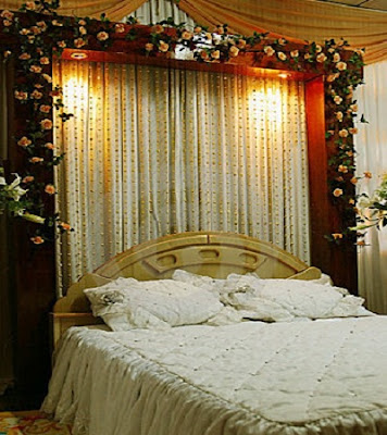 Bridal-Bed-Sheet-Decoration
