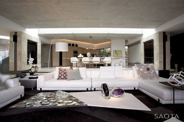 Picture of white and black modern furniture in the living room