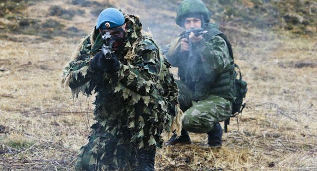 Η σκληρή εκπαίδευση των Ρώσων αλεξιπτωτιστών – Δείτε βίντεο