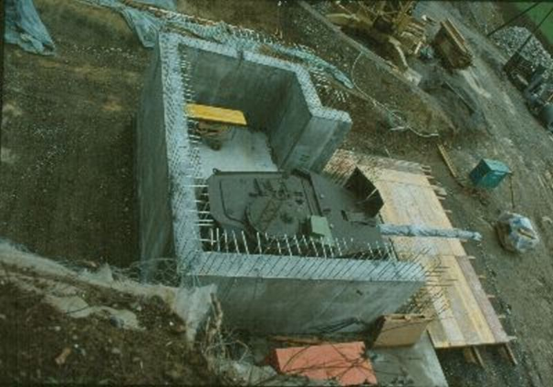 http://1.bp.blogspot.com/-aIjdG0ZUVRY/Ud-l90Umv6I/AAAAAAAAH5M/VI3uG2I0dYw/s1600/turret+bunker.jpg