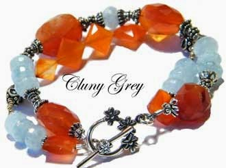 gemstone bracelet with aquamarines and carnelian