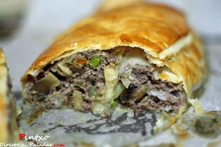 http://www.directoalpaladar.com/recetas-de-carnes-y-aves/receta-de-wellington-de-carne-picada-de-ternera