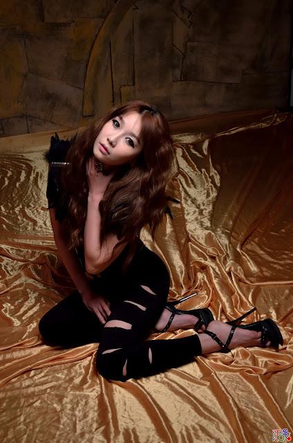 Go Jung Ah Gallery