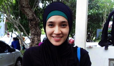 Alhamdulillah, Dhini Aminarti Telah Putuskan Untuk Berhijab Selamanya