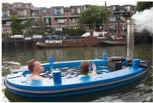 Baño Relajante Jacuzzi:Nada nos LIBRA de ESCORPIO: HOT TUB: UN BOTE CON HIDROMASAJE