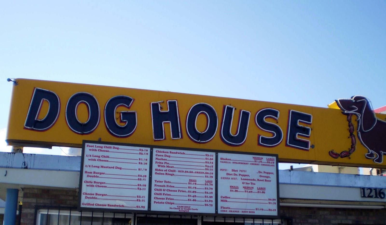 Elva eats review dog house drive in albuquerque new for Dog house albuquerque