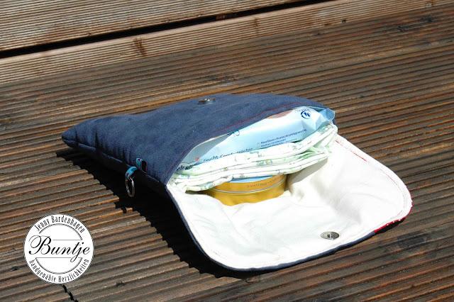 Windeltasche Wickeltasche Tasche Baby wickeln Leder Alcantara Magnetverschluss Handtasche blau rot Geschenk Geburt Buntje